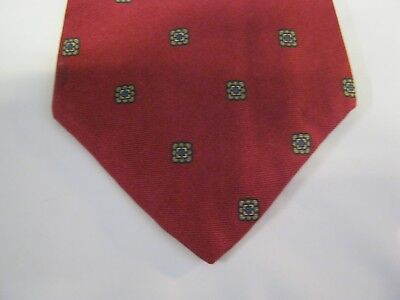 Younkers Silk Tie Necktie 56 X 3 5 Red Gray 13821 Free Us Ship