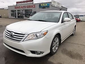 2011 TOYOTA AVALON FULLY LOADED