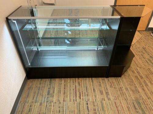 Display Counter Lighted with Side Shelf
