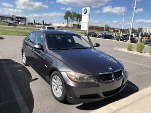 BMW 325i automatique Best Deal Low Km!!!!!