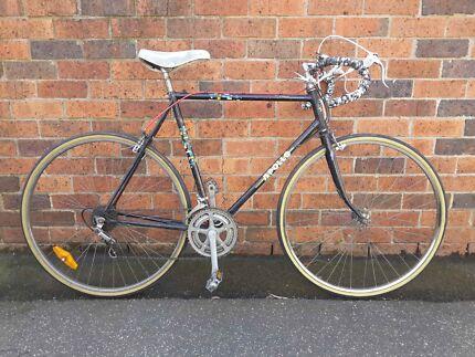 Classic Apollo Roadbike Carlton North Melbourne City Preview