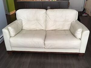 2 piece off white leather couch set- non smoker