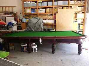 Professional size pool table Redland Bay Redland Area Preview