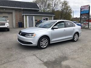 2011 Volkswagen Jetta  **Finance 1-2-3 chance ** 100 approuver *
