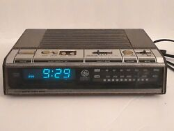 Vtg General Electric GE Digital Alarm Clock Radio Blue light Control