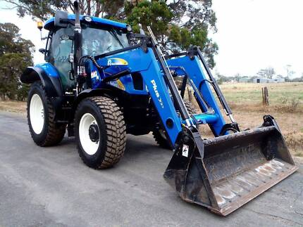 2013 New Holland Plus 4x4 FEL/Tractor