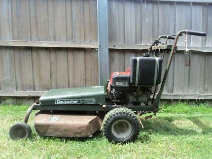 Deutscher Self Propelled Slasher/Mower Model H26 - Honda Motor