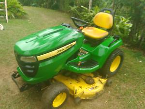 John Deere X540  ride on mower Yungaburra Tablelands Preview
