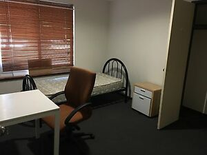 como 1 single room 1min walk to bus/train station Como South Perth Area Preview