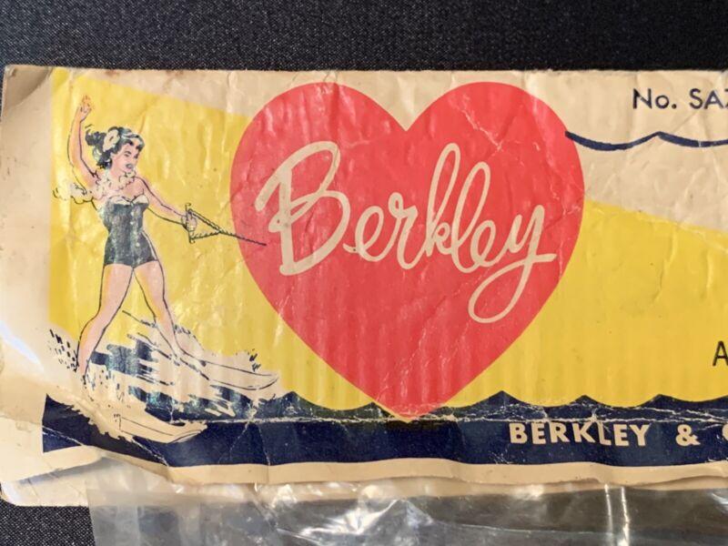 Berkley & Co. Ski/Pool Tow Rope Plastic Float No.SA7, GREAT GRAPHICS! 50's?RARE?