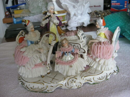 MAGICIAL ANTIQUE DRESDEN LACE GERMANY FOUR FIGURE MUSICAL GROUP