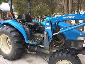 tractor new holland 35D,loader,backhoe  4x4 hydro