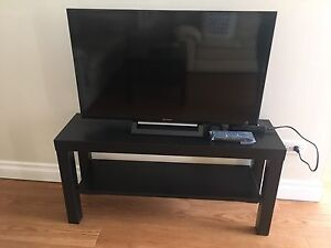"""Sony Bravia 32"""" LED for sale"""