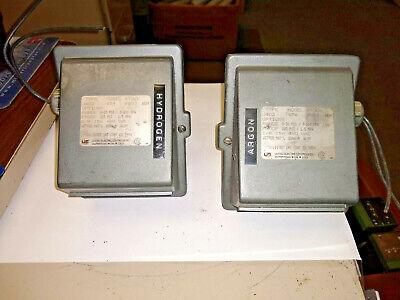 United Electric Controls J402-454 9583 Pressure Control Switch Lot Of 2
