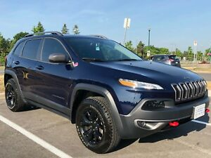 2016 JEEP CHEROKEE TRAILHAWK Fully Loaded/Nav/Low kms...$27,900