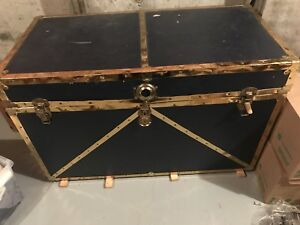 Awesome Vintage Storage Chest