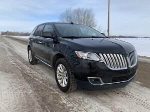 2011 Lincoln MKX - AWD    Loaded