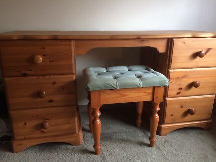 Pine Bedroom Furniture Solid