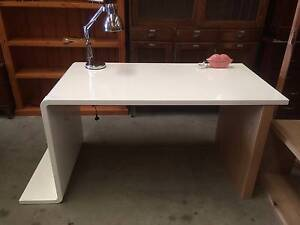 Desk, modern, study, table, craft table WE CAN DELIVER Brunswick Moreland Area Preview