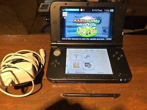 Nintendo 3DS XL Console w Mario & Luigi Dream Team game