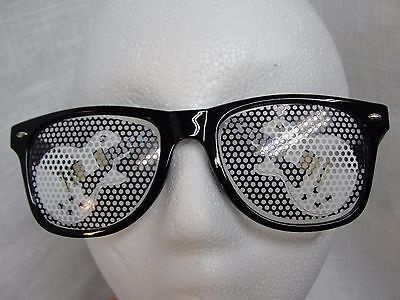 SUNGLASSES WITH WHITE GUITARS ON LENS PARTY FESTIVAL WEAR - Guitar Sunglasses