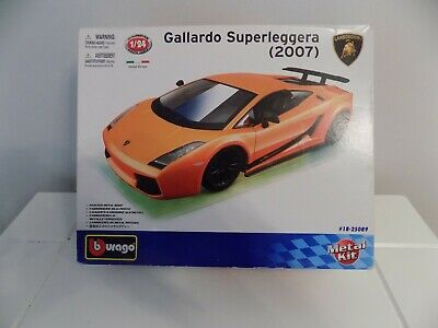 BURAGO LAMBORGHINI GALLARDO SUPERLEGGERA (2007) 1:24 SCALE METAL MODEL KIT