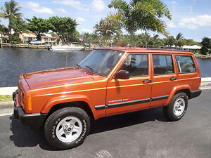 01-JEEP-CHEROKEE-SPORT-31K-ORIG-SAME-OWNER-SINCE-2002-ESTATE-SALE-VERY-RARE-FIND