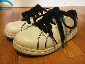 Boys shoes//great condition