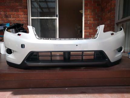 2014 Subaru XV Satin White Front Bumper