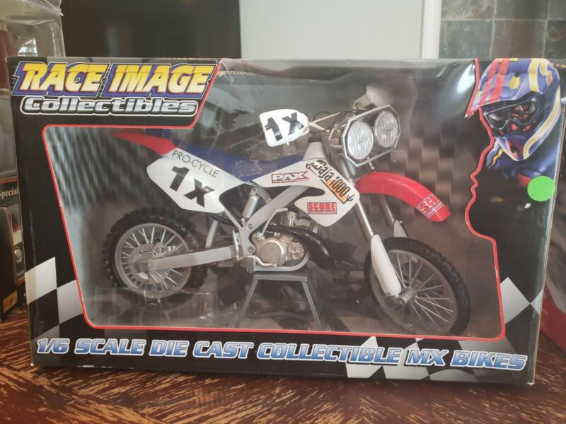 NEW TOY ZONE RACE IMAGE COLLECTIBLES 1:6 SCALE DIE CAST PAX Baja 1000 MX BIKE