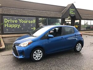 2017 Toyota Yaris LE / 6 TOUCH PANEL DISPLAY/ KEYLESS ENTRY