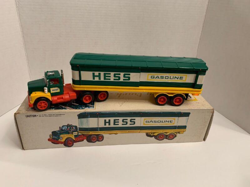 1975 HESS TRUCK COMPLETE ORIGINAL (1)