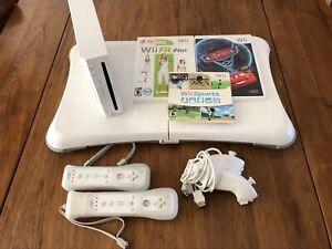 Console Wii avec Wii fit plus