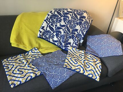 Set of FOUR Scatter Cushions and TWO Throw Blankets