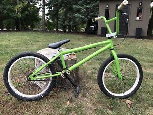 Hutch Titan BMX bike