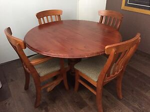 Dining Room Table And Chairs -- Australian Made Lane Cove Lane Cove Area Preview