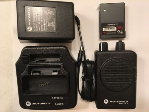 NEW MOTOROLA MINITOR V (5) VHF HIGH BAND PAGER 151-159 MHz STORED VOICE 2-CHAN