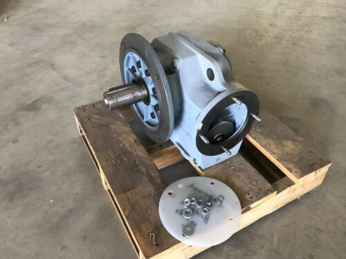 SEW-Eurodrive Helical Drive Gear Motor Reducer KF77A, 13700 lb-in, 88.97 Ratio