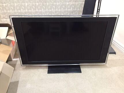 """46"""" Sony Bravia LCD"""