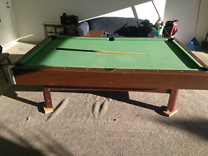 Free Pool table Thornlands Redland Area Preview