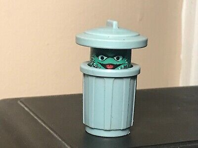 Vintage Fisher Price Little People Sesame Street Oscar The Grouch in Trash Can