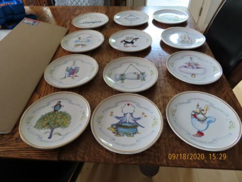DEPT 56 PATIENCE BREWSTER CHRISTMAS KRINKLES 12 DAYS OF CHRISTMAS PLATES-SET