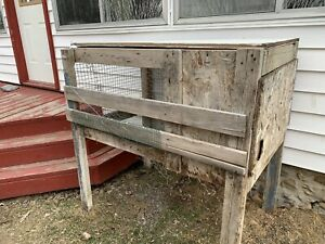 Rabbit hutch and food