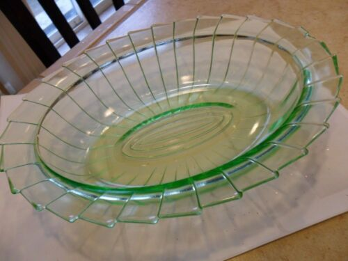 "SUPER RARE-JEANNETE GLASS ""SIERRA""(PIN WHEEL)GREEN OVAL VEGETABLE BOWL 1931-33"