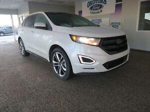 2016 Ford Edge Sport 2.7L Ecoboost with Navigation, Panoramic...