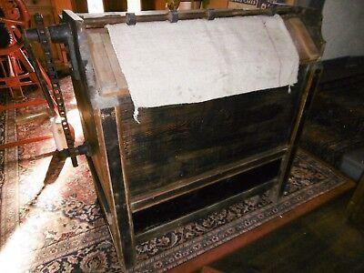 alte Sack Ausklopfmaschine-Holzkasten aus Bäckerei-Mühle-Sack Ausklopfkasten