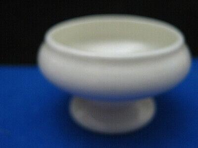 WILLETS BELLEEK OFF WHITE PORCELAIN OPEN SALT CELLAR on SHORT PEDESTAL, c1900