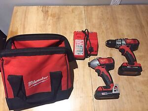 Milwaukee m18 combo drill set with bag and two batteries!