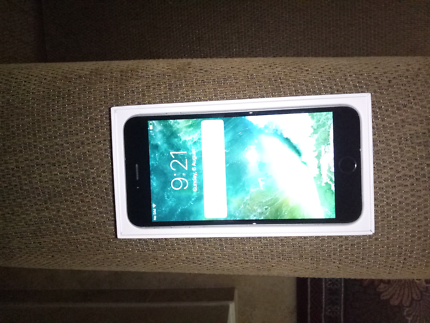 Iphone 6 16GB unlocked very Good condition with USB Cable
