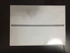 SEALED, Brand New, 128gb iPad with Apple Care